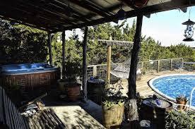 Calling all Honeymooners – A Review of Birdsong Cabins, Wimberley TX