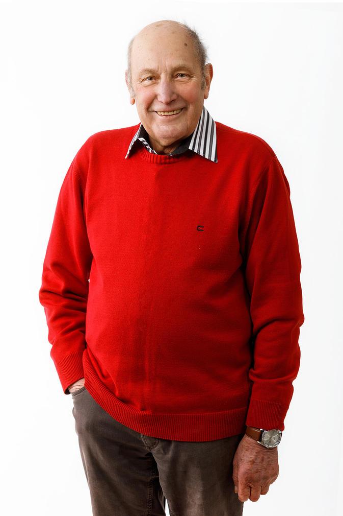 #37 Karl Schön