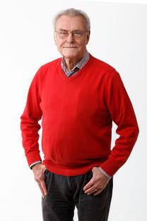 #11 Volker Behr