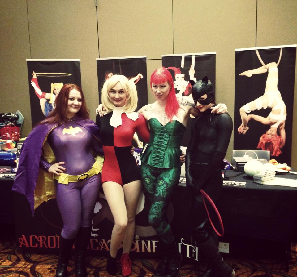Batgirl, Harley, Poison Ivy, Catwmn