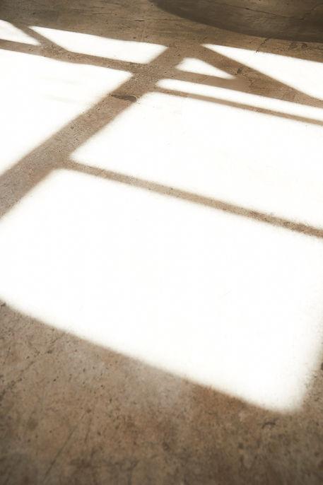 Anna Valentine atelier shadows and light