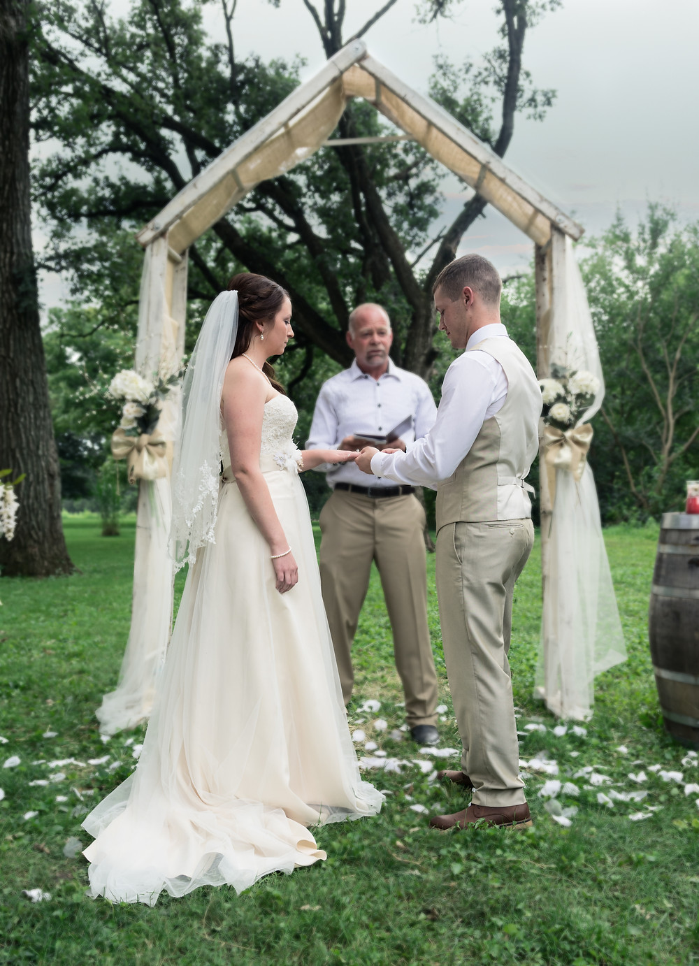bride and groom outdoor rustic wedding