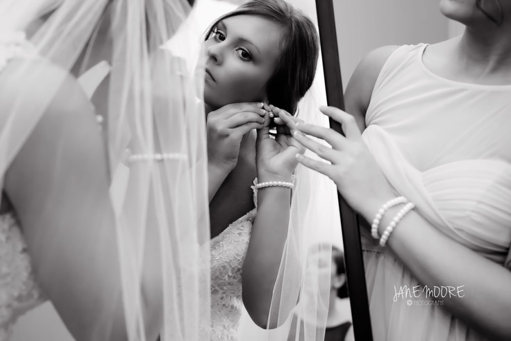 The Stress Free Bride To Be | Bride Prep Photos