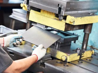 How to Ensure Defect-Free, On-Time Delivery For Metal Stamping
