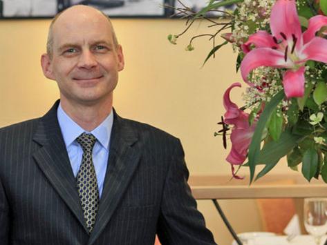 Butler Who Served British Royals Opens Manhattan School
