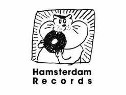 Helsinki Lambda Clubが新レーベル「Hamsterdam Records」を発足! 記念すべきリリース第一弾目となる作品はスプリットCDとなり、お相手として巷で話題沸騰中のtetoを