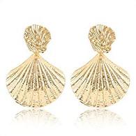 Gold Shell Earring
