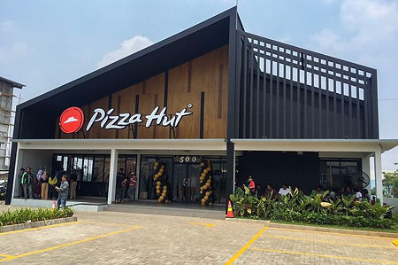 pizza hut new outlet.jpeg