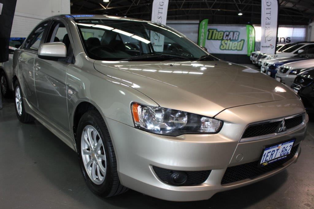 Mitsubishi Lancer VX