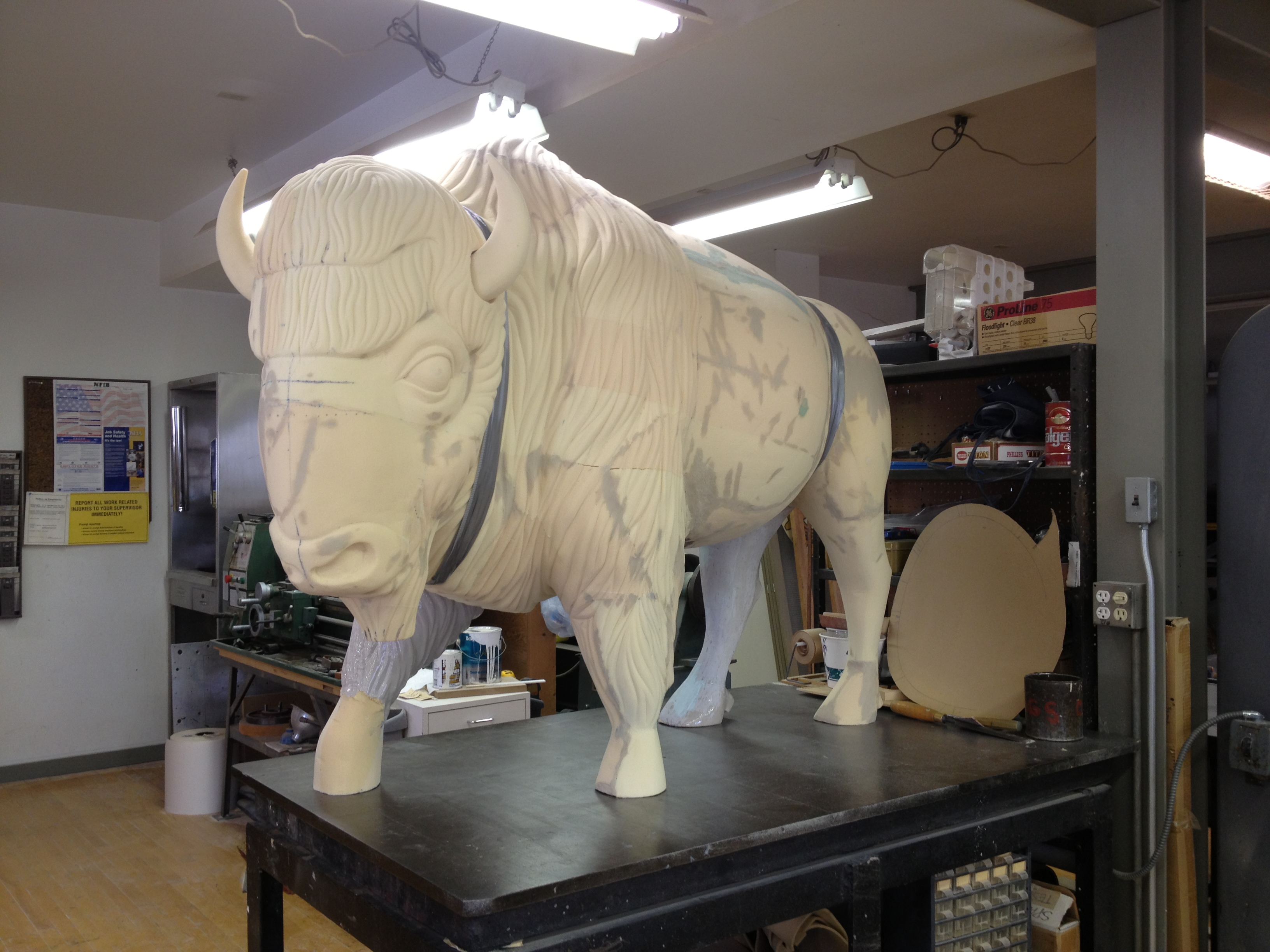 Sculpt Large Bison 16