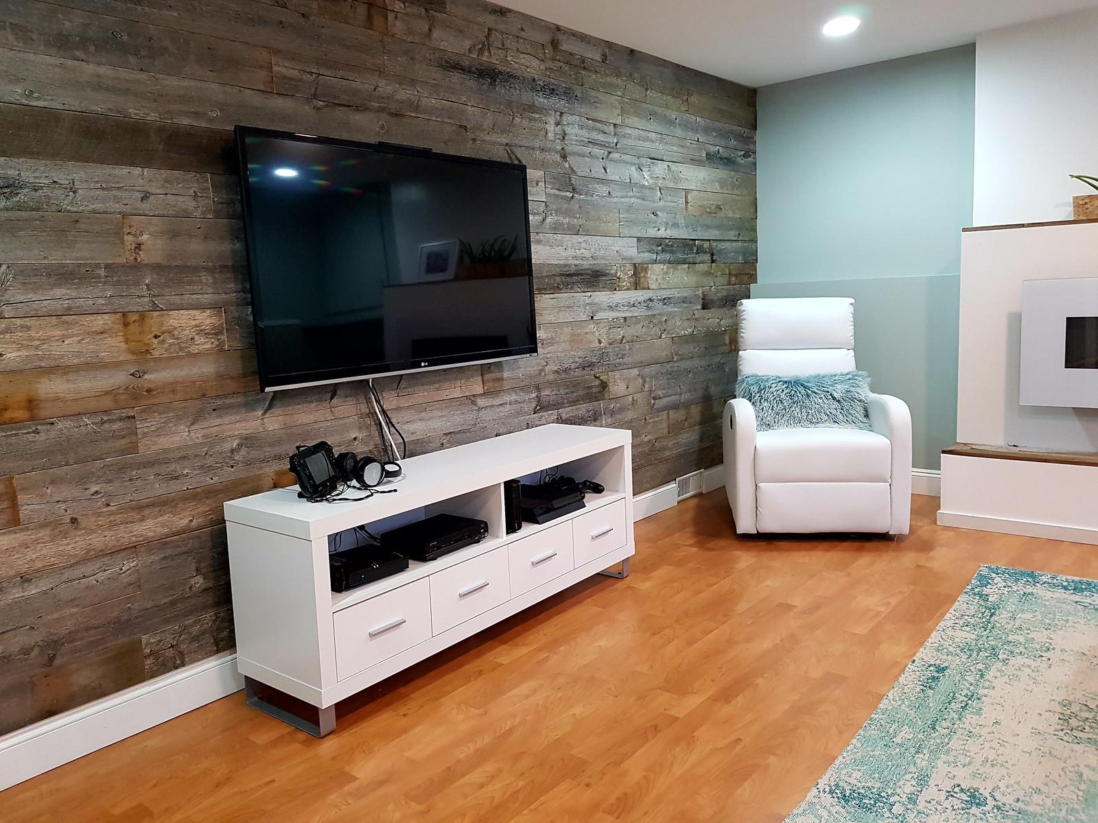 hand hewn interior wood reclaimed barn antique hemlock and walls nostalgic board mantle flooring