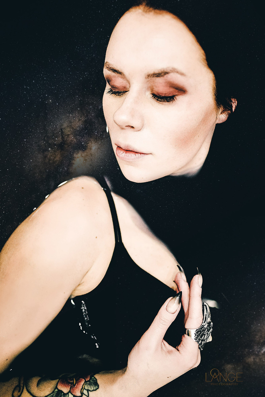 Black bath photo shoot by Diana Lange