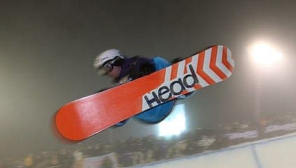 snowboard-672077__340.jpg