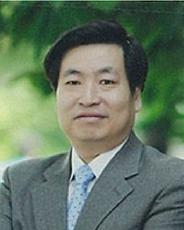 교수 최내영