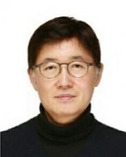 교수 황기연