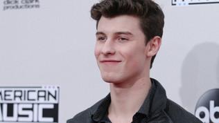 Shawn Mendes é confirmado para se apresentar no American Music Awards 2017