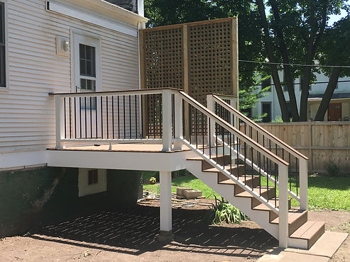 composite deck with stairs, landing, trellis
