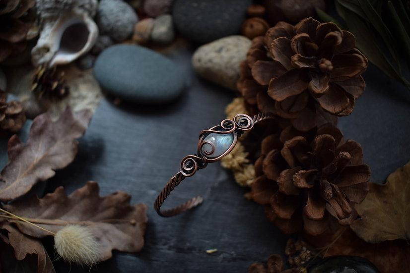 Bracelet artisanal ~Freya~ Péristérite & Cuivre Patiné