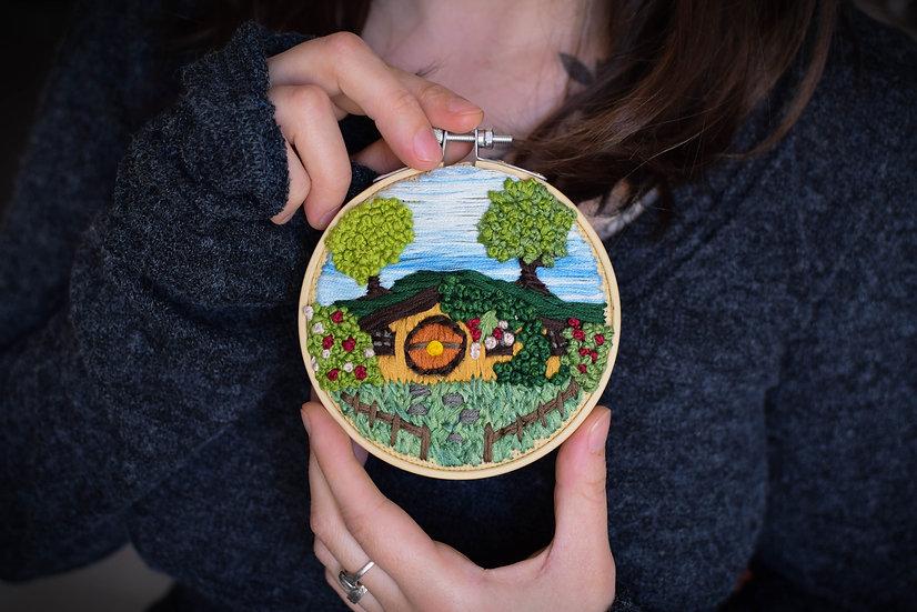 Création Réservée: Broderie décorative ~Cul-de-Sac~ artisanale