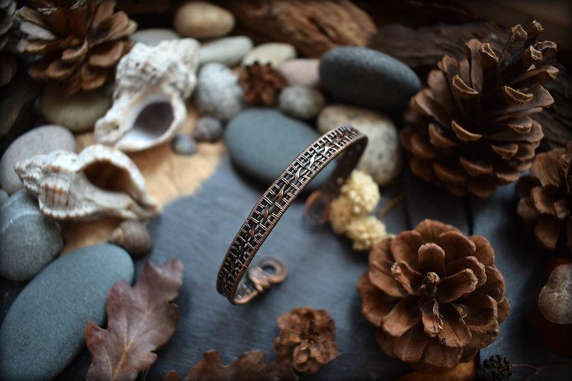 Bracelet ~La Tisseuse d'Antan~ Fils de Cuivre Patiné Tissé