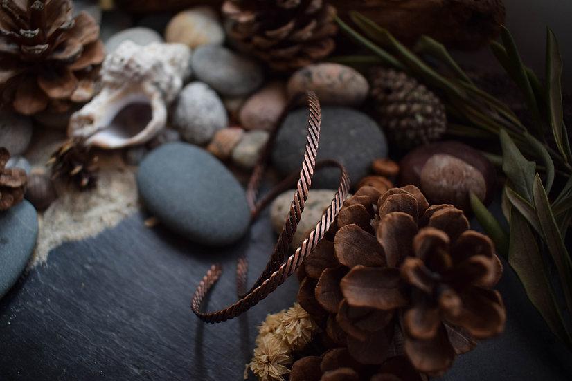 Bracelet artisanal ~Odin~ en Fils de Cuivre brut patiné à l'Ateli