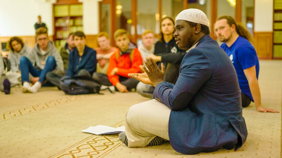 Reaching Out with Cultural Diversity
