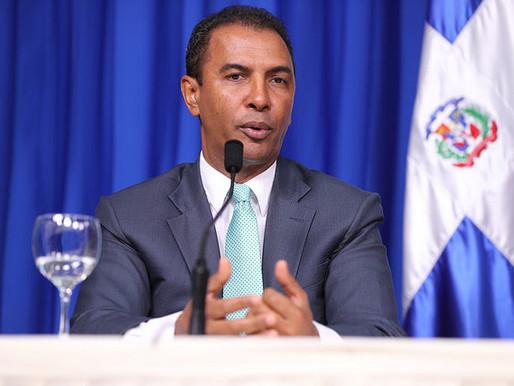 Domingo Contreras reconoce victoria de Carolina Mejía a la alcaldía del DN