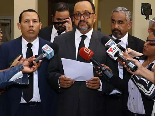 Abogado afirma es ilegal mantener en prisión al coronel y técnico implicados en sabotaje electoral