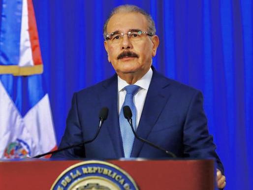 Presidente Medina extiende horario toque de queda
