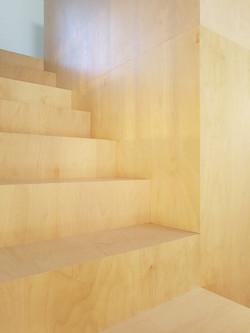maison-gov-chantier-detail-escalier