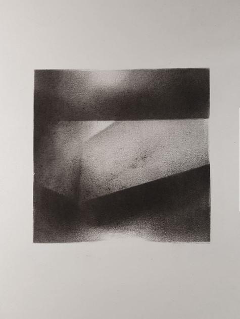 2017 | fusain et pierre noire sur papier | 30 x 20