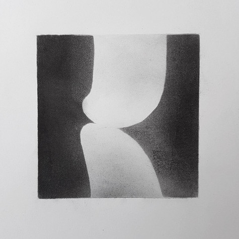 2017 | pierre noire et fusain sur papier | 10 x 10