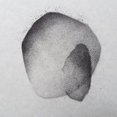 2018 fusain et pierre-noire sur papier | 13 x 13