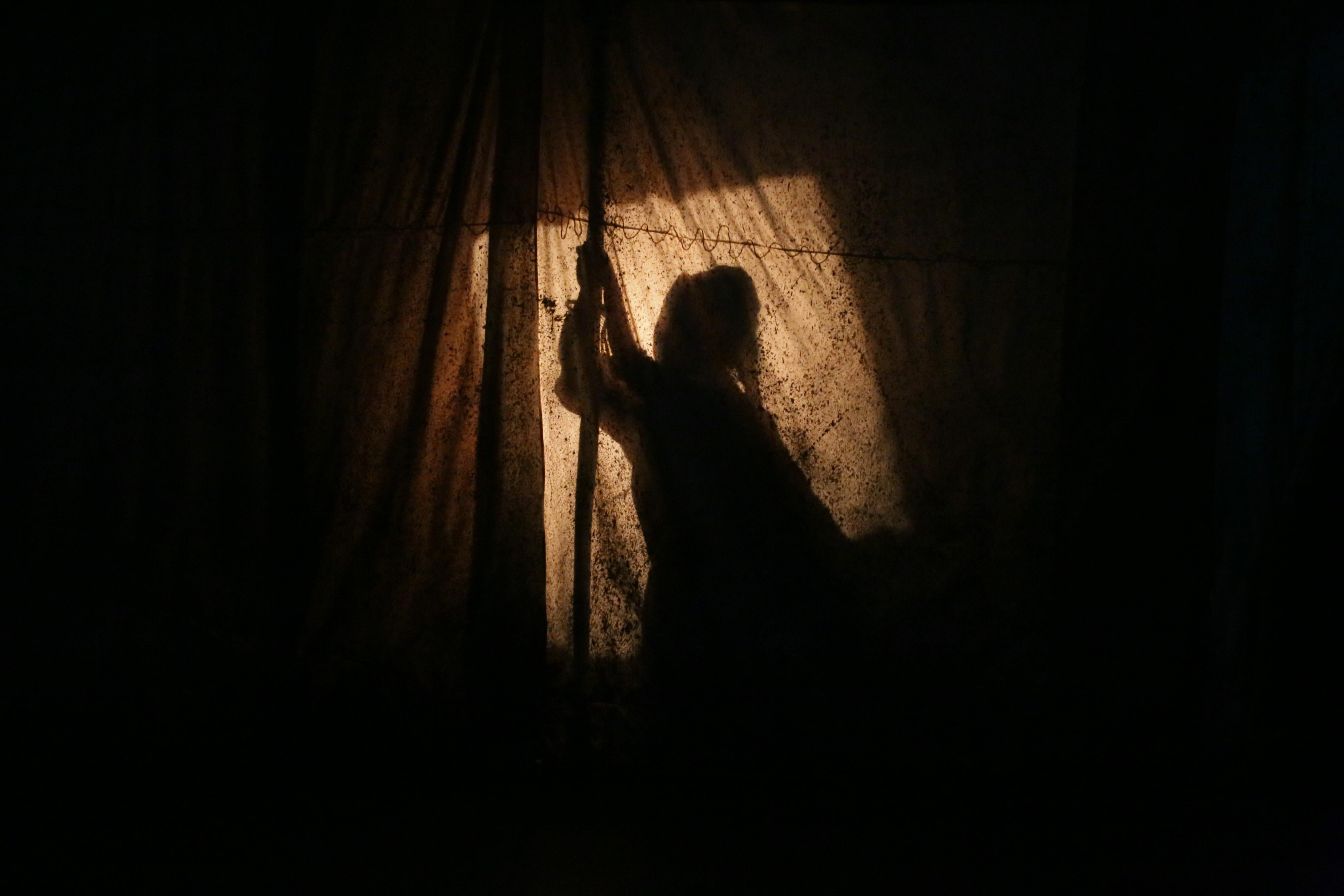 Flogging (Anya de Villiers)