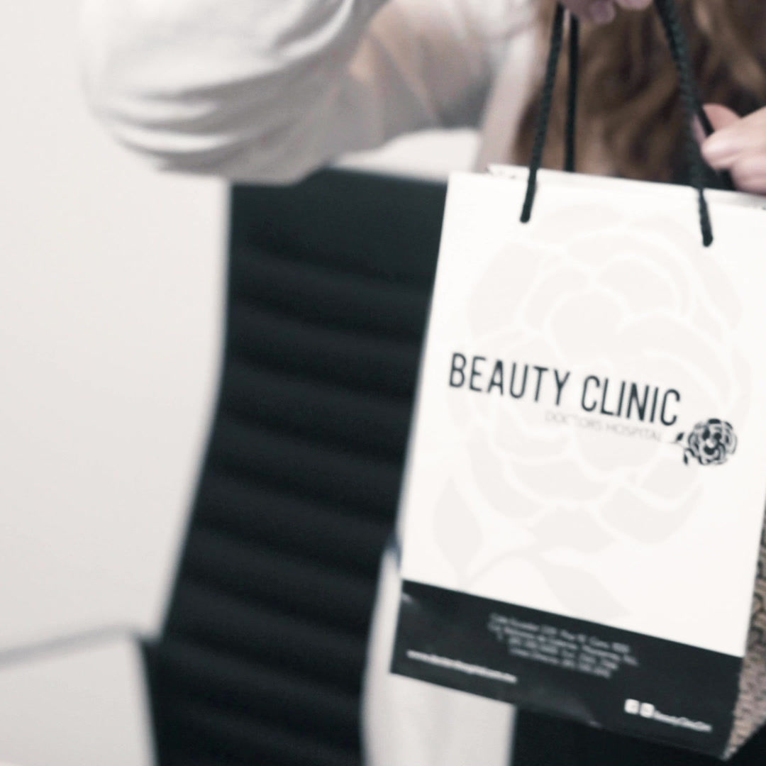 Beauty Clinic 1x1.mp4