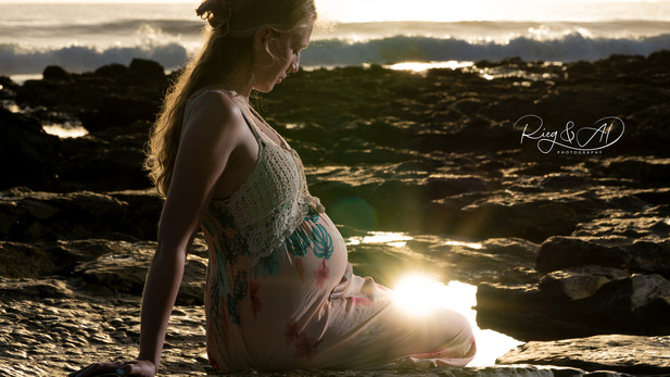 'Baby-Bump' Photography by Rieg & AD Photography.