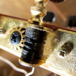 Gitarren-Mechanik