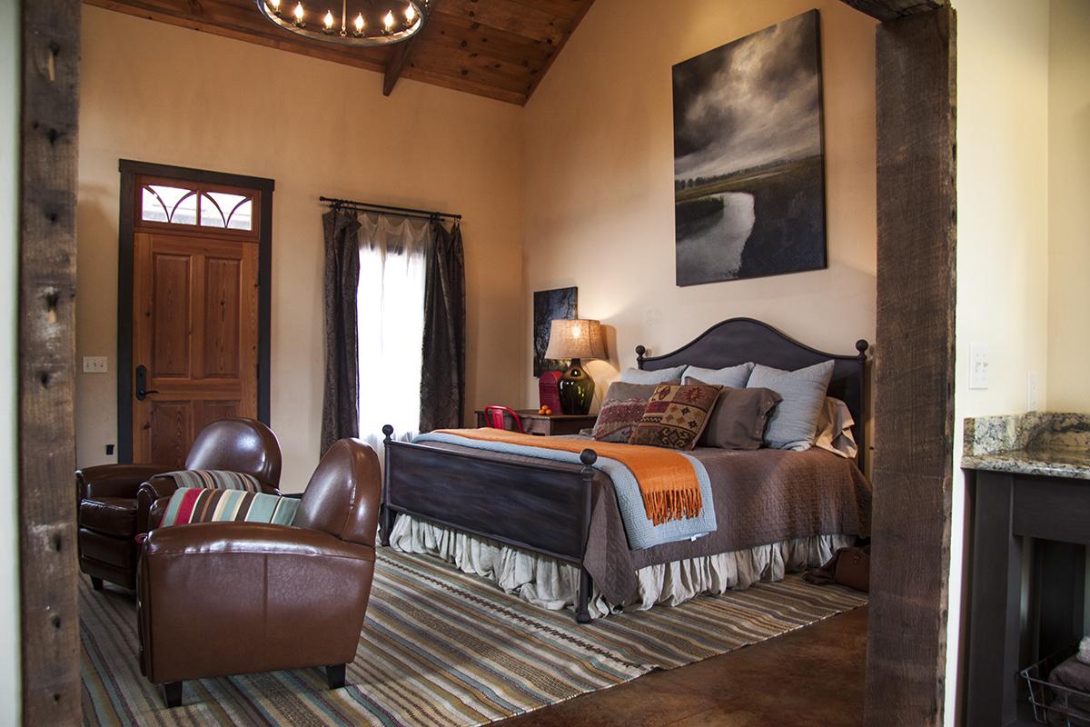 Paloma Living/Bedroom
