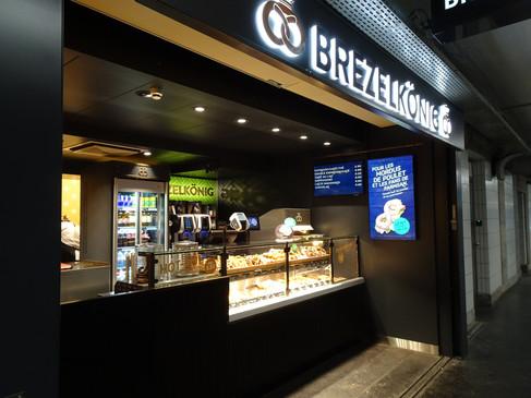 Brezelkönig_Gare_Lausanne.JPG