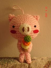 Ms.Pig Loves Ice Cream - 2