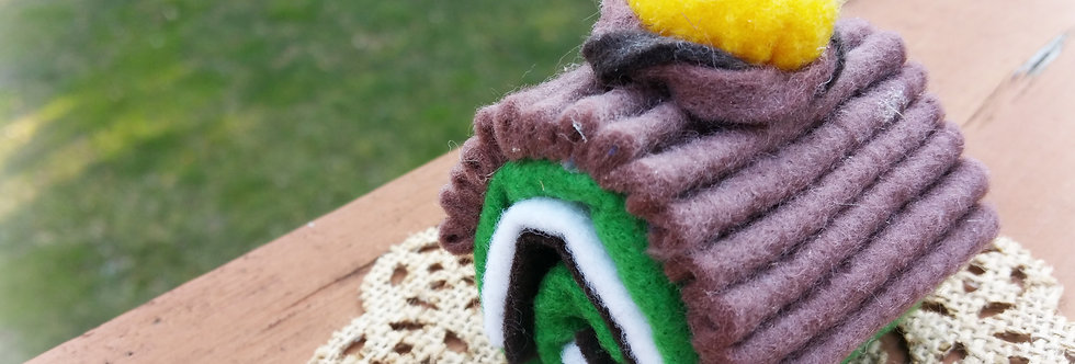 Cute Felted Sweets, Home decor - Green Tea Choco Roll Cake
