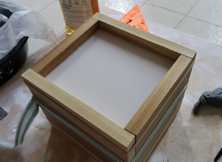 Making A Two-Part Plaster Mold (for Kaonashi Hideout)