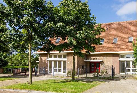 DE oude school in velsen 4.jpg
