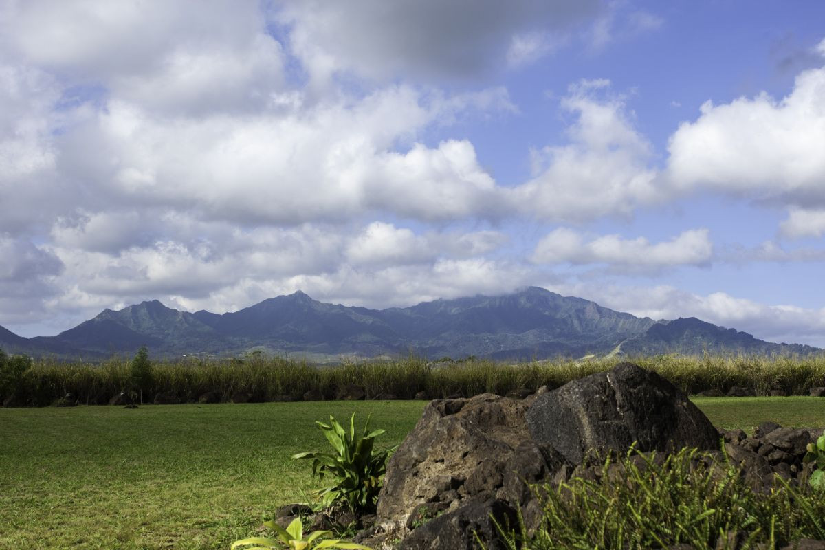 Birthplace of Hawaiian royalty, Wai'anae mountains in background