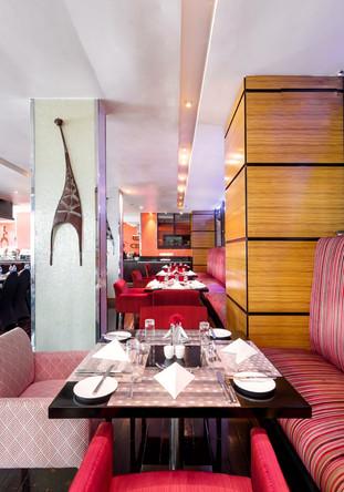 URAGA REAL ESTATE_Radisson Blu Hotel_07.