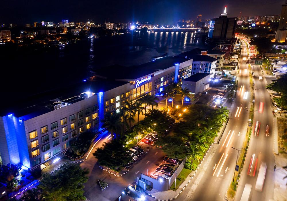 Night shot of Radisson Blu Anchorage Hotel VI