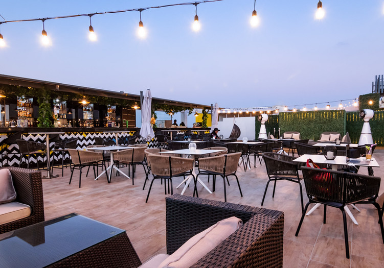DCC_Atmosphere Rooftop Restaurant_32.jpg