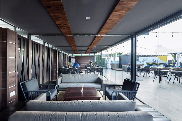 DCC_Atmosphere Rooftop Restaurant_20.jpg