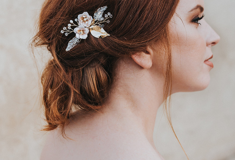 """Everleigh"" Flower Hair Comb"