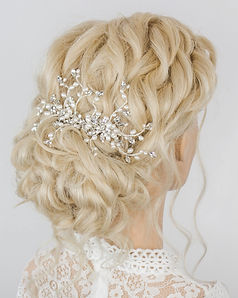 Gwen-hair-comb.jpg